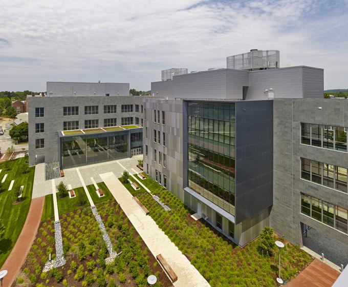 University of Delaware Interdisciplinary Science and Engineering Laboratory / Turner / ASG Architects
